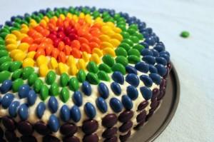 otroski rojstni dan mavricna-torta