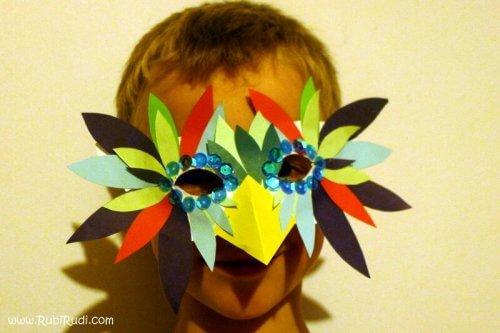 pustna maska iz papirja ptic