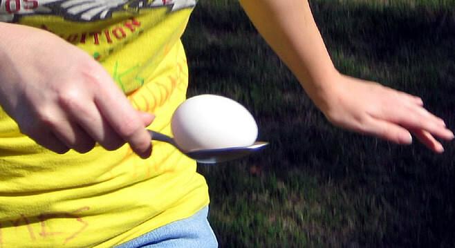 tekmovanje z jajci