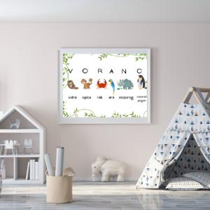 Personalizirana stenska dekoracija z otroškim imenom – plezalka