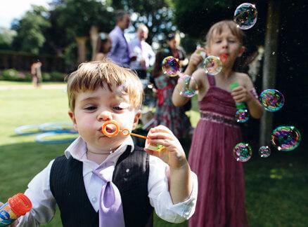 animacija in vastvo otrok na poroki
