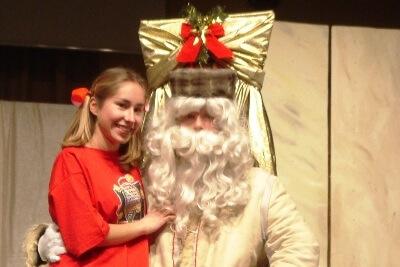 Otroška predstava Rdeča kapica in obisk Dedka Mraza