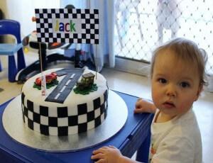 Otroška torta - dirkalna steza