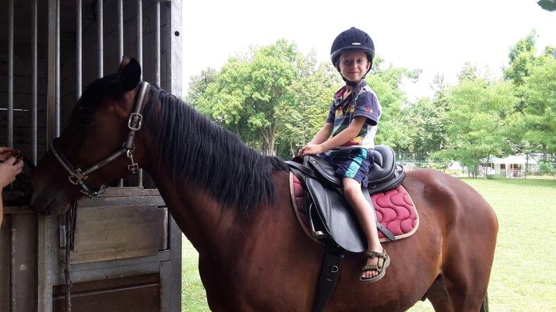 jahanje konja otroci