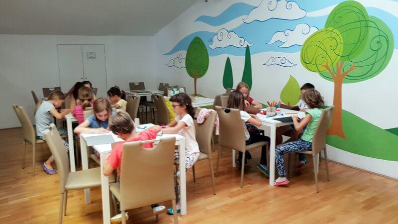 počitniško varstvo aktivnosti otroci