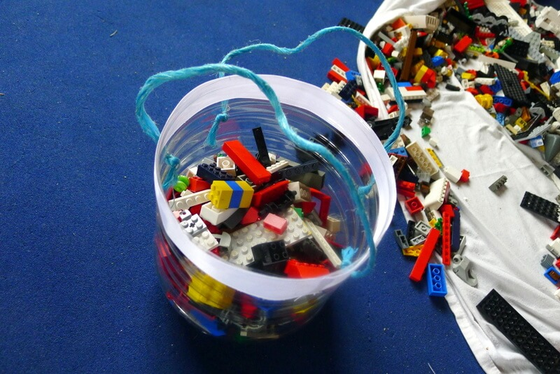pospravljene lego kocke