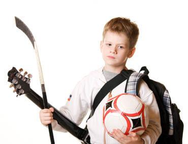 Koliko dejavnostmi naj bi imeli naši otroci?