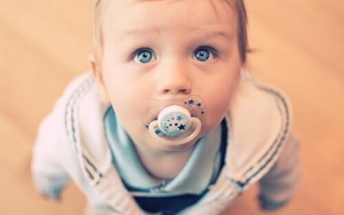 Duda pri dojenčkih – da ali ne?