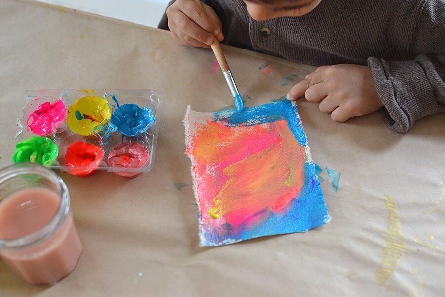 Kreativna delavnica za otroke v Postojni