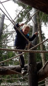 obisk-parka-z-otroci