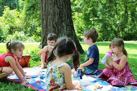 piknik z otroci