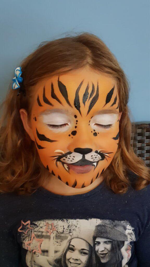 poslikava-otrok-tiger