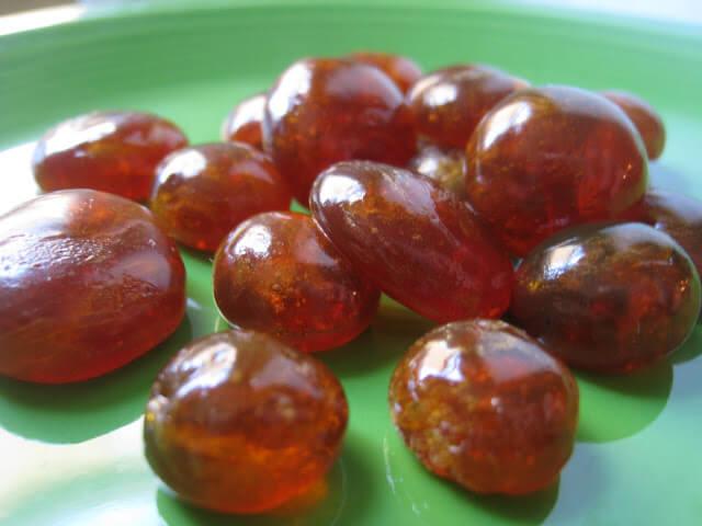 zeliščni bonboni suh kašelj